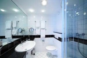 Brillianize for Cleaning and polishing polyurethane in bathrooms