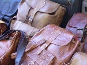 leather handbag cleaner